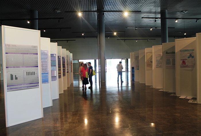 Exposición dos pósteres presentados no III Congreso