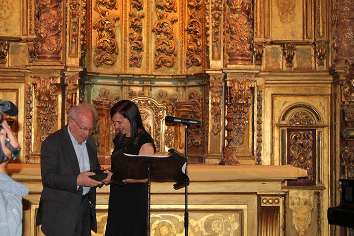 Eduard Punset e a decana do COPG Mª Rosa Álvarez Prada