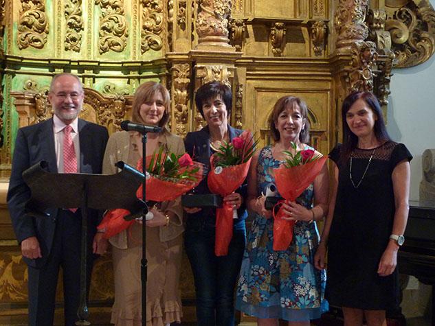 Momento de entrega do premio as colexiadas que cumprían 25 anos de colexiación ininterrumpida