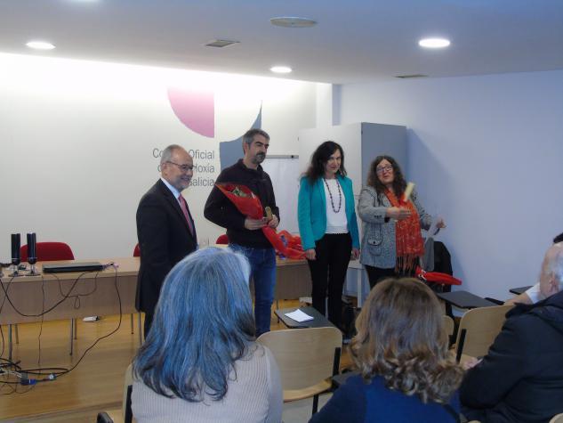 Gañador da categoria de Narrativa Carlos Mendez Leis