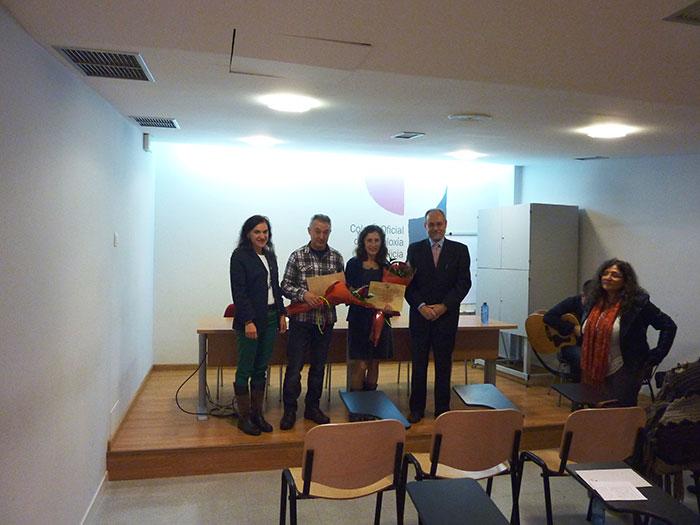 De esquerda a dereita, Mª Rosa Álvarez Prada, decana do COPG, Ramón Sandoval Pérez, Raquel Couto Antelo e Hipólito Puente Carracedo, Vicedecano do COPG.